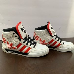 Men's size 9 Adidas hard court high tops. OBO